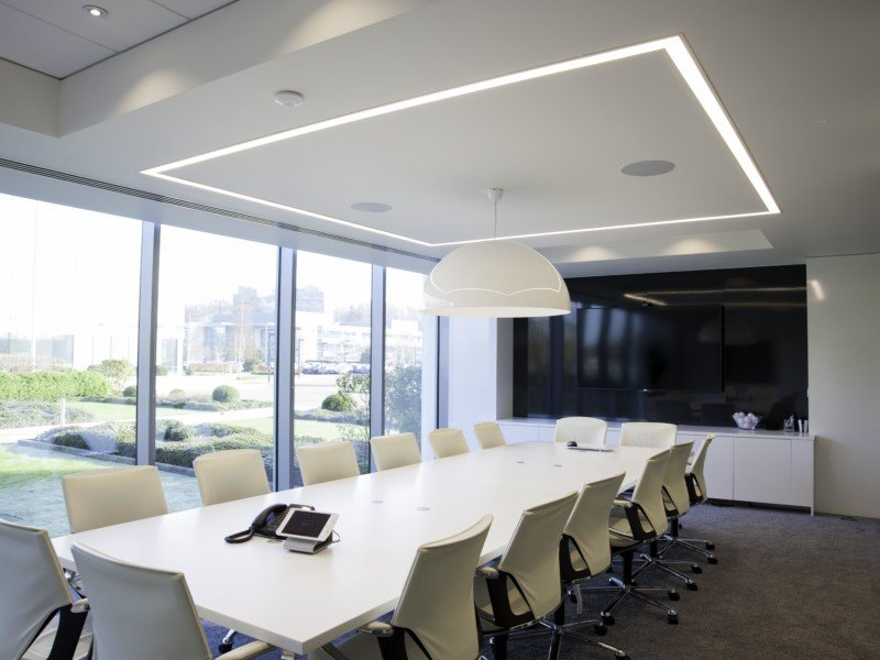 HOW DOES OFFICE LIGHTING AFFECT WORKER PRODUCTIVITY?